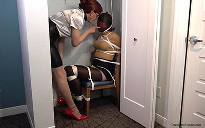 Blowjob vibrator shower maid