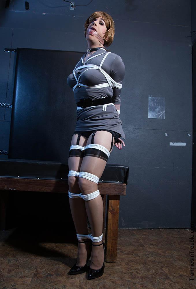 Cuckold crossdresser bondage